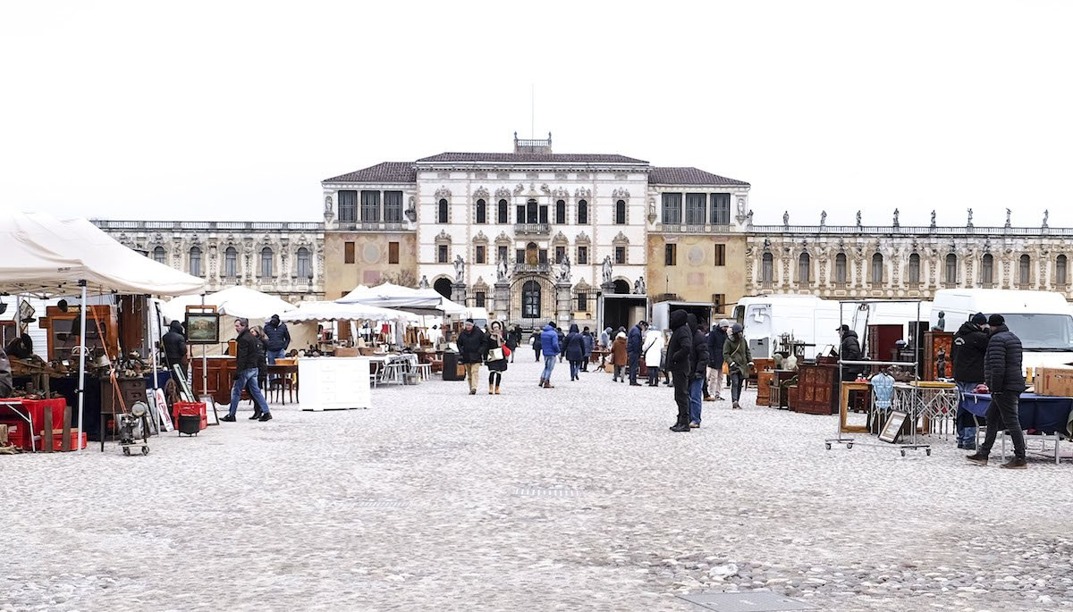 Piscina Piazzola Sul Brenta piazzola sul brenta: il mercatino più bello del veneto