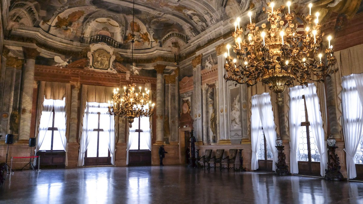 Ca' Rezzonico: virtual tour of the 18th-century secret Venice - Veneto Secrets